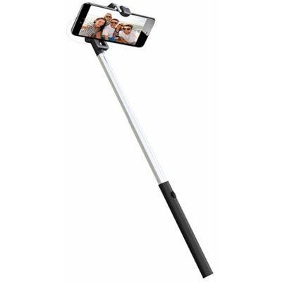 baton_selfie_81deebe1-8914-4a39-9a61-da267cfda6d2_large